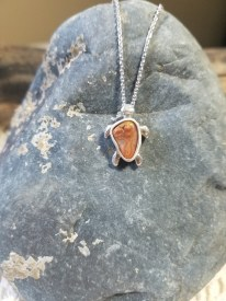 Agate Turtle 3 Sterling Neck
