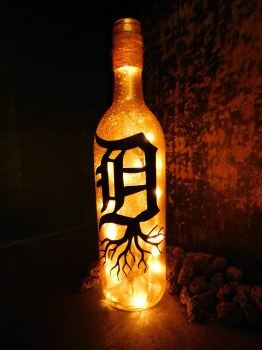 Bottle Old English D Roots