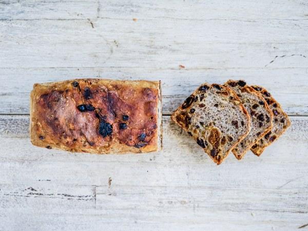 Organic Mid Eastern Fruit Loaf