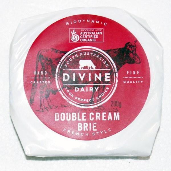 Double Cream Brie 200g Divine