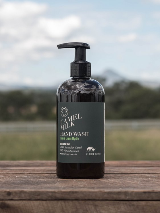 Deeply Cleaning Hand Wash 300ml 10.1 fl.oz
