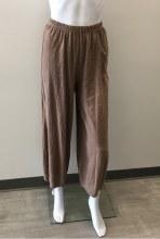 Cut loose Cropped Pant w/Darts 5022088 XS Cappuccino