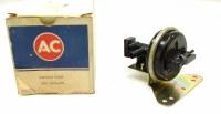 68 69 Camaro NOS RS Headlight Vacuum Relay Valve Original GM Part# 5638498