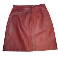 Ladies Skirt In Lamb/ Red
