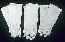 White Cotton Gloves M