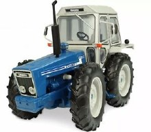 1:32 COUNTY 1174-1979 TRACTOR