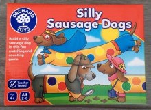 104 SILLY SAUSAGE DOGS