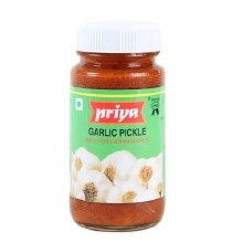 Priya Garlic Pickle in Oil 300 Gms