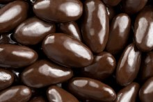 ALMONDS, DARK CHOCOLATE, OG