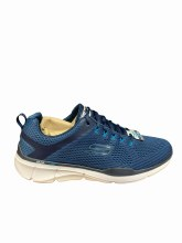 SKECHERS RELAXED FIT UK 13