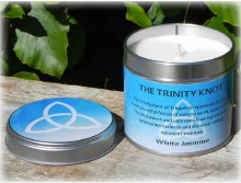 The Trinity Knot Candle