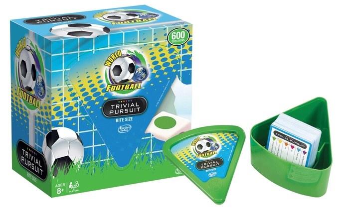 WORLD FOOTBALL TRIVIAL PURSUIT