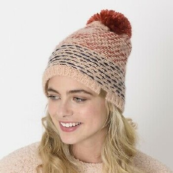 ANNALIESE KNITTED BEANIE RED