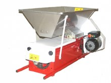 Grape Crusher Destemmer w/ Auger Painted Body