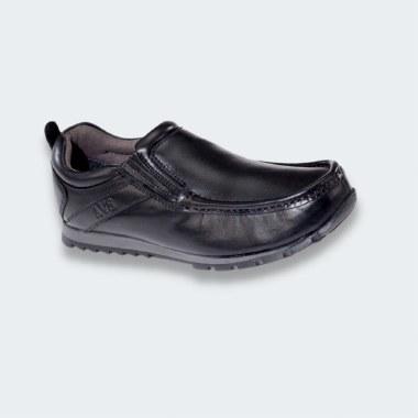 Kolo Shoe