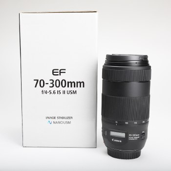 CANON EF 70-300MM F/4 - 5.6 IS