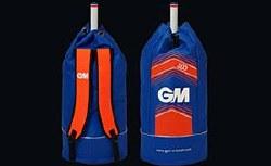 CRICKET DUFFLE BAG: 303 BLUE