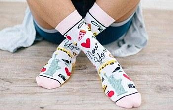 Ladies NYC Never Sleeps Socks