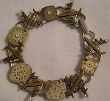"""""""Time Flies"""" Link Bracelet"""