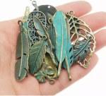 CAS Embellishments Antique Feathers & Leaves