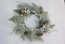 Deco Wreath w Cones/Berries Green 50cm