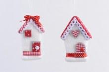 felt house with hanger 2ass