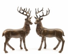 poly reindeer standing