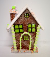 Deco Gingerbread House Brown