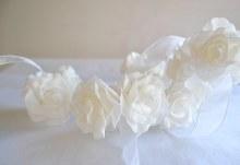 Cluster Roses hanging Garlands