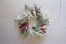 Deco Wreath Snowy w Berries White/Green 60cm