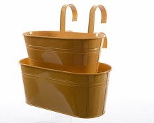 Zinc planter with handle