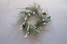 Deco Wreath w Cones/Berries Green 30cm