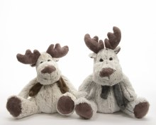 plush reindeer w scarf 2colass