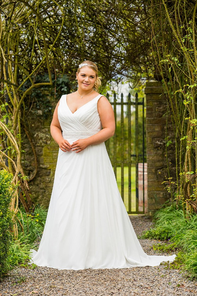 Beautiful Brides BB17514