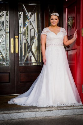 Beautiful brides BB16311