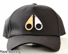 Moose Knuckles Gold Logo Black