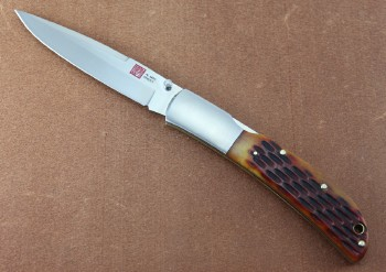 AMK7006 Eagle - Dual Thumb Studs - Lockback - AUS8 Blade Steel - Honey Jig Bone Handle