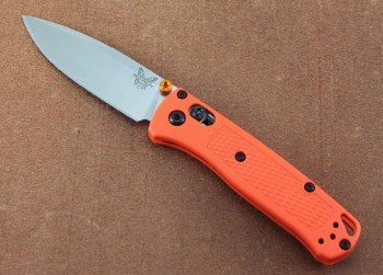 Benchmade 533 Mini Bugout Orange - S30V Stainless Blade - Orange Grivory Handle - Dual Thumbstuds - Axis Lock
