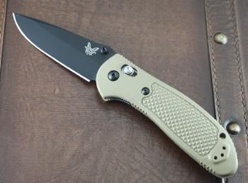 Benchmade 551BKSN-S30V Griptilian - Desert Sand Handles - Black BK Plain Edge S30V Blade - Dual Thumbstuds - Axis Lock - 551BKSN-S30V