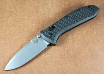 Benchmade 570-1 Presidio II - SAtin CPM-S30V Plain Edge Blade - CF-Elite Handle - Axis Lock