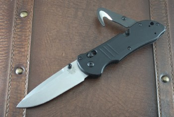 Benchmade 917 Triage - Satin Plain Edge S30V Blade - Axis Lock - Black G-10 Handle