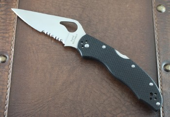 Byrd Harrier II - Partially Serrated Drop Point 8CR13MoV Blade - Black G-10 Handle Scales