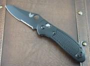 Benchmade 550SBKS30V Griptilian  - Black Handles - Black Partially Serrated S30V Blade - Thumb Hole - Axis Lock - 550SBK-S30V