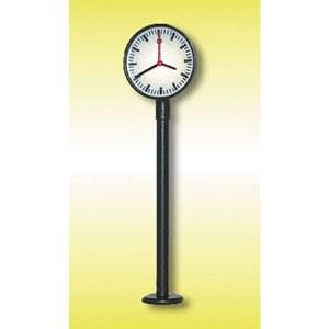 HO Lit Platform Clock