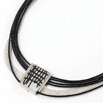 Anne-Marie Chagnon: Johnny Black & White Necklace
