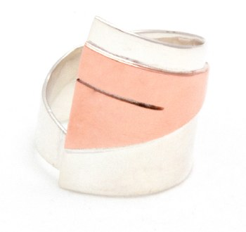 Claudine Moncion: Ring - Triangle 25 mm