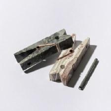 D.A.R. Proyectos Clip Stone  - Gigantic