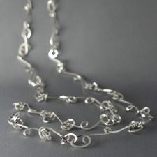 Dorothée Rosen: Knot Necklace - Long