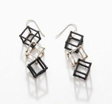 Elizabete Ludviks: 3 Cube Earring