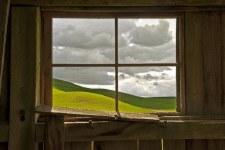 "David Lorenz Winston: Palouse Barn - 11"" x 14"""